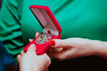 Медальон женской силы