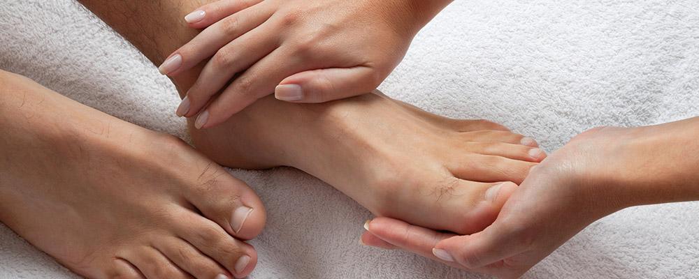 Зделать девушке массаж эротические массажи в балаково