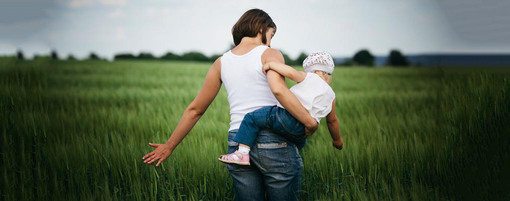 Как чувствовать себя женщиной, оставаясь хорошей мамой?