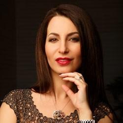 Анна Нуржан