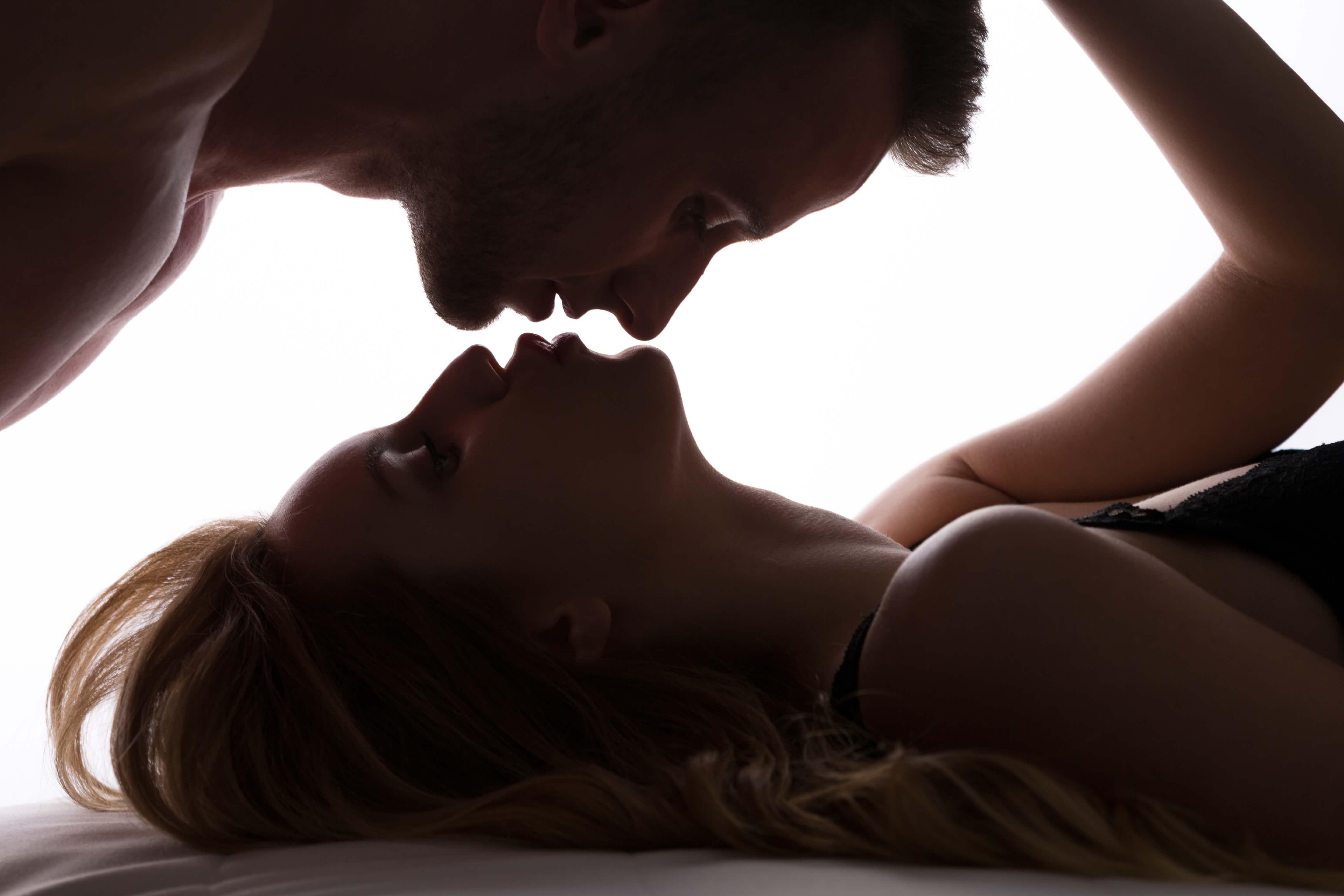 видно, кроме картинки с секмуальными поцелуями далеко весь свет